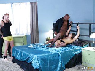 Смотреть большие сиськи жена порно
