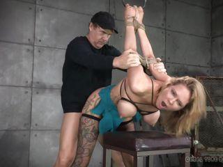 Видео порно грубо трахают