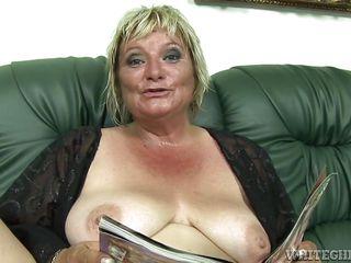 порно бабушки с сюжетом